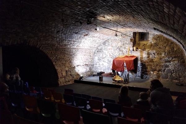 Divadlo Korab hlavni scena