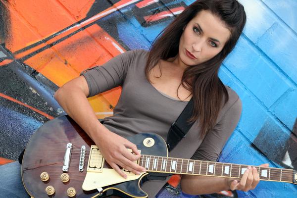 kytara kytaristka